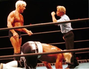 Ric Flair beating up Hulk Hogan